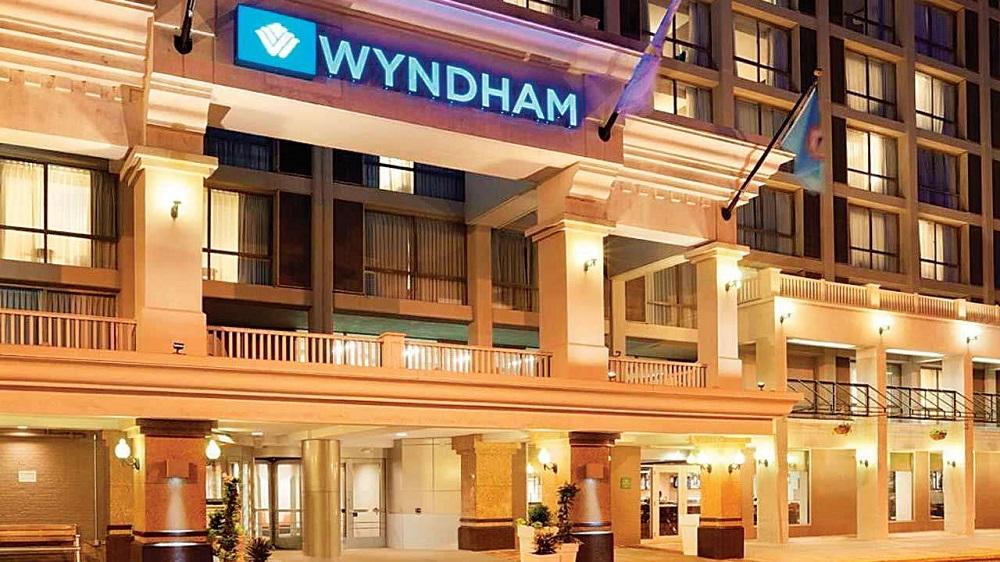tit Những ông lớn nào đã bắt tay hợp tác kiến tạo Wyndham Sky Lake?